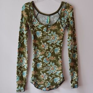 Free People Olive Green Floral Print Thermal
